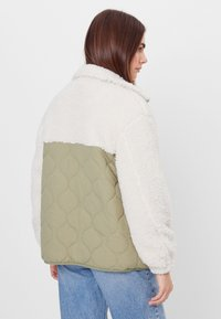 Bershka - Winter jacket - stone - 2
