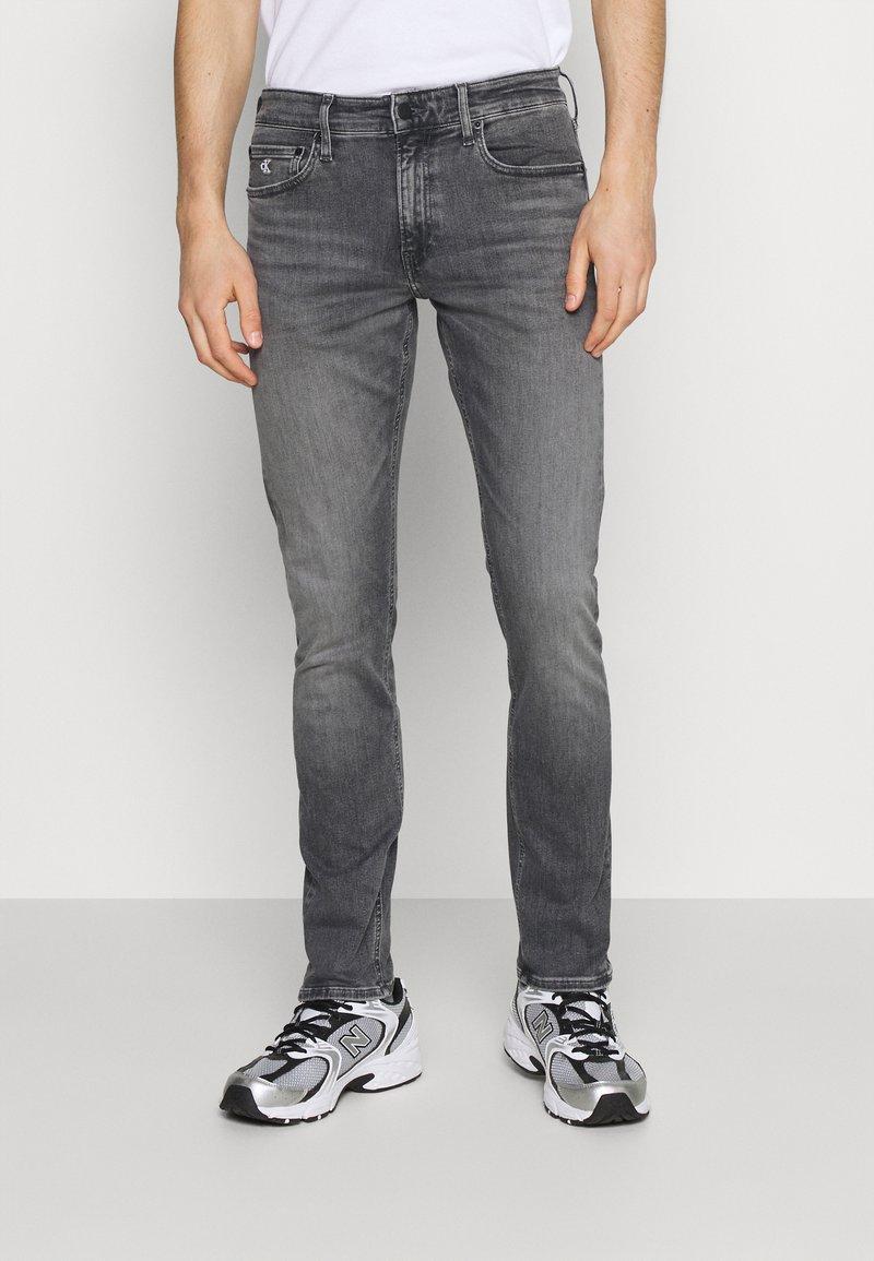 Calvin Klein Jeans - SLIM FIT - Slim fit jeans - denim grey