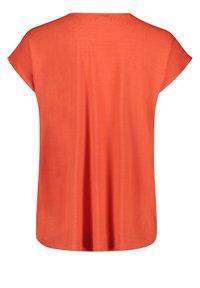 Cartoon - Basic T-shirt - papaya orange - 4
