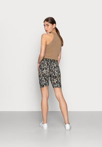 mbyM - EMELIA - Shorts - bella zebra print - 2