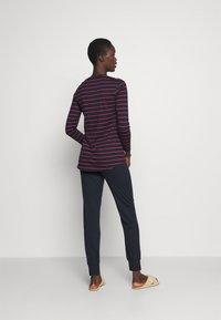 Schiesser - LANGER SCHLAFANZUG SET - Pyjamas - blau/rot - 2