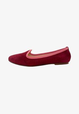 SABA  - Bailarinas - burgundy