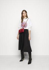 Pinko - BERNARDO - Sweatshirt - white - 1