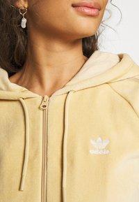 adidas Originals - CROP HOOD - Zip-up hoodie - hazbei - 4