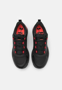 Under Armour - HOVR SONIC STRT - Zapatillas de running neutras - black - 3