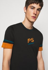 PS Paul Smith - SLIM FIT - Print T-shirt - black - 3