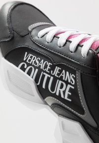 Versace Jeans Couture - Baskets basses - nero - 2