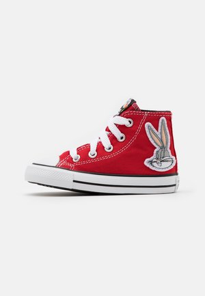 CHUCK TAYLOR ALL STAR BUGS BUNNY 80TH VARSITY PATCH UNISEX - High-top trainers - red/white/black