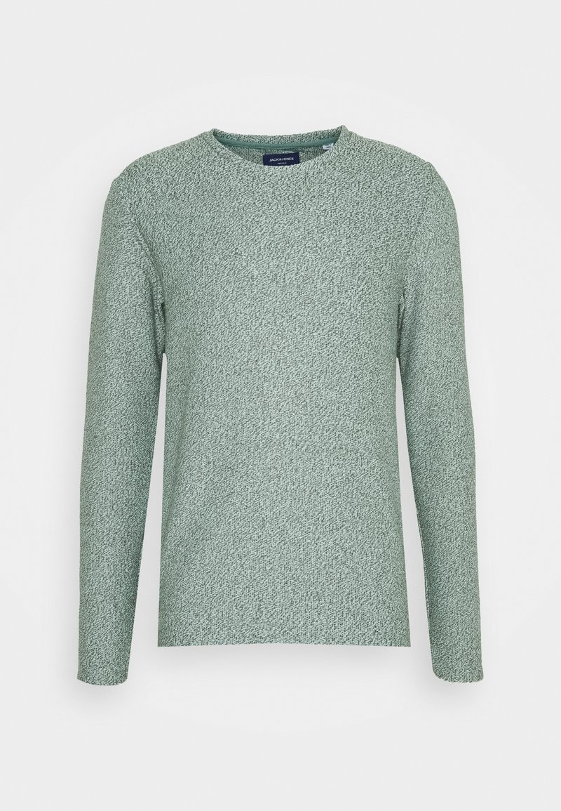 Jack & Jones - JORKILI CREW NECK - Stickad tröja - pale blue/sea spray cloud dancer