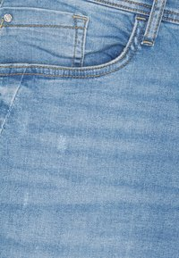 Blend - Farkkushortsit - denim light blue - 5