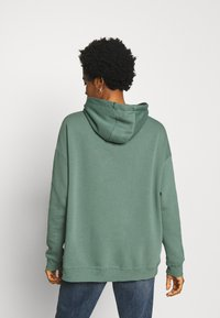 Nly by Nelly - OVERSIZED HOODIE - Sweat à capuche - green - 2