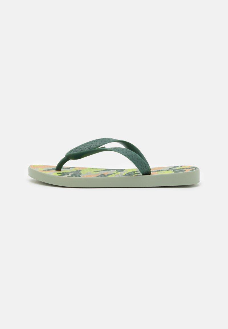 Ipanema - CLASSIC IX KIDS - Pool shoes - green/beige