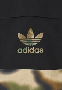 adidas Originals - CAMO WINDBREAKR - Summer jacket - hemp/multco/black - 5