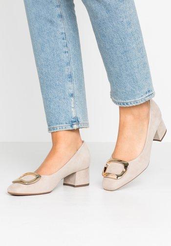 PAULINE - Classic heels - sand platin