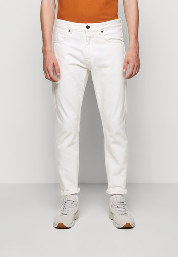 COOPER TAPERED - Jeans Tapered Fit - ivory