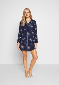 Lauren Ralph Lauren - CLASSIC NOTCH COLLAR SLEEPSHIRT - Noční košile - navy - 1