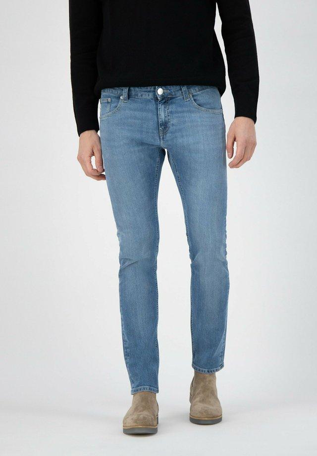 Slim fit jeans - fan stone
