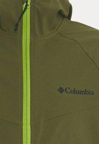 Columbia - CANYON™ JACKET - Softshelljacka - new olive - 5