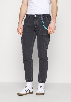 SCANTON CARGO - Jeans Straight Leg - save black rigid