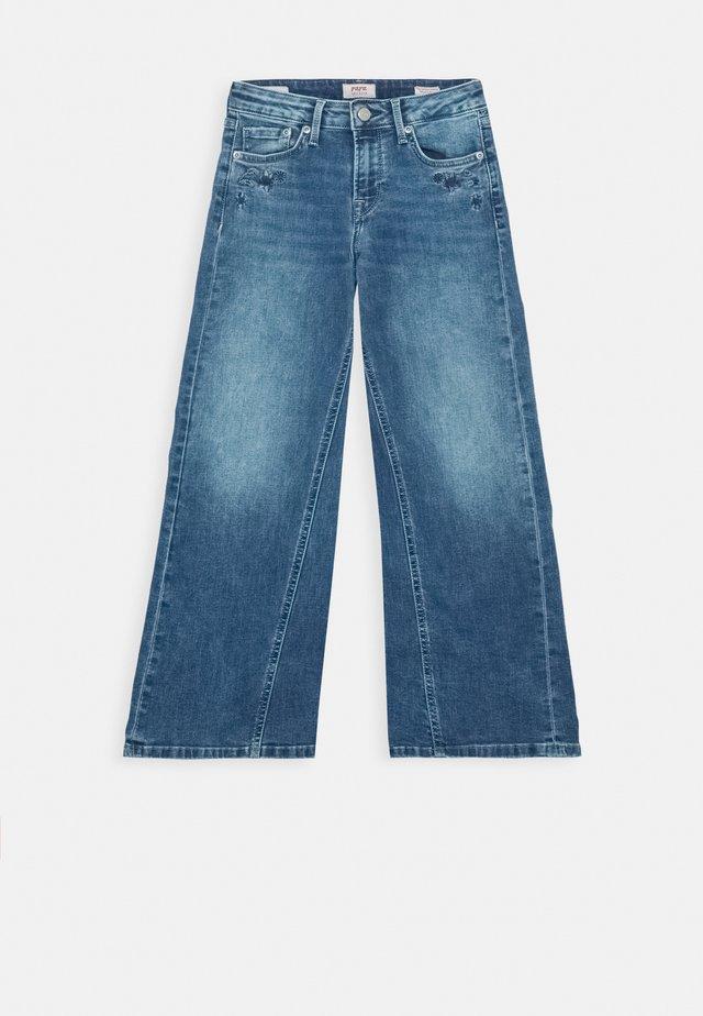 HAILY FLORAL - Flared jeans - denim