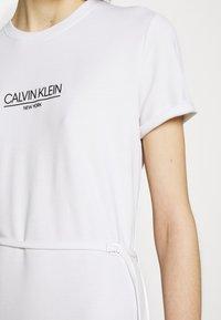 Calvin Klein - LOGO DRESS - Jersey dress - bright white - 4