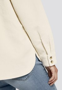 TOM TAILOR DENIM - Button-down blouse - soft creme beige - 6