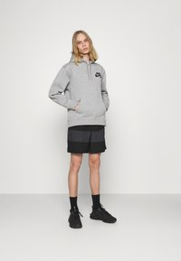 Nike Sportswear - Shorts - black/smoke grey - 1