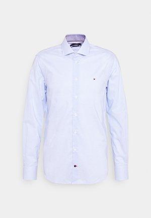MINI CHECK SLIM FIT - Koszula - light blue/white