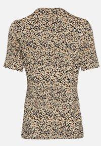 Moss Copenhagen - MABEA SS - Print T-shirt - black flower - 2