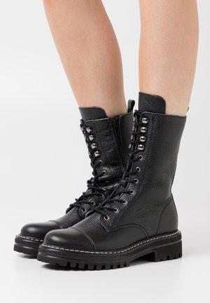 FLORCAP - Šněrovací vysoké boty - black