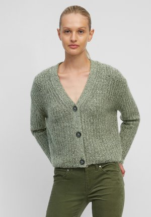 MIT EDLER ALPAKAWOLLE - Cardigan - multi/fresh moss