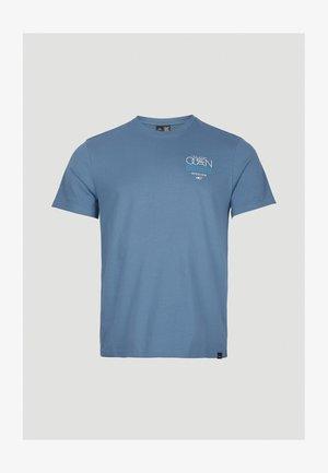 SOLOMON SEA - Print T-shirt - walton blue