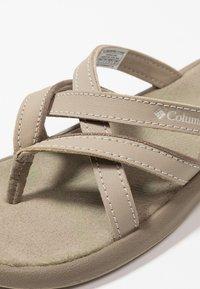 Columbia - KAMBI II - Chodecké sandály - silver sage/fawn - 5