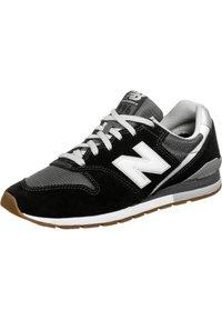 New Balance - Matalavartiset tennarit - black - 2