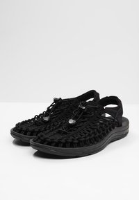 Keen - UNEEK - Outdoorsandalen - black/black - 2