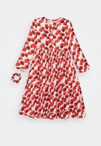 Cost:bart - KENYA DRESS - Denní šaty - red - 0