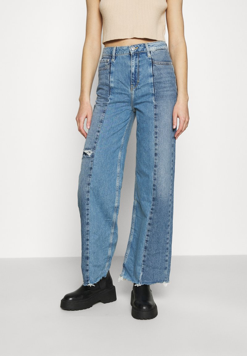 BDG Urban Outfitters - PUDDLE - Flared Jeans - blue