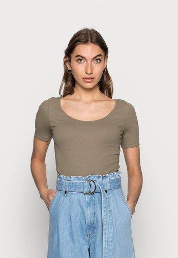 Basic T-shirt - taupe