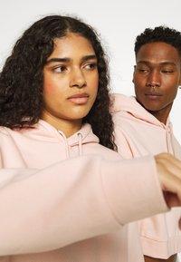 YOURTURN - UNISEX - Sweatshirt - pink - 4
