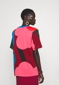 Marimekko - CREATED KARKELIT UNIKKO - Print T-shirt - multicolored - 2