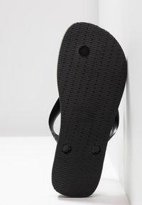 Havaianas - BRASIL LOGO - Pool shoes - black/black - 4