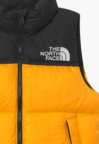 The North Face - 1996 RETRO NUPTSE UNISEX - Waistcoat - summit gold - 2
