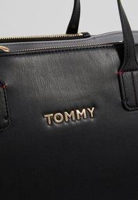 Tommy Hilfiger - ICONIC SATCHEL SOLID - Handväska - black - 7