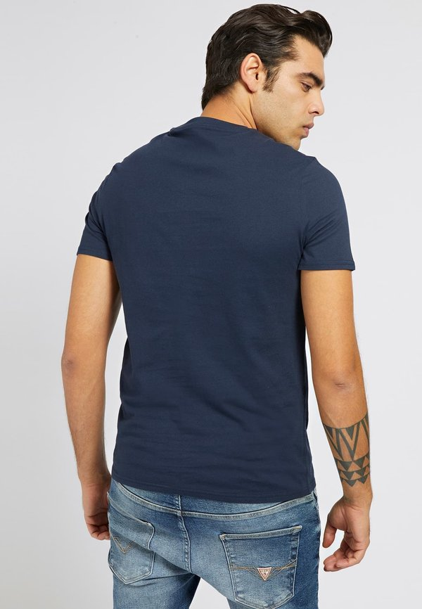Guess T-shirt z nadrukiem - mehrfarbig, grundton blau/niebieski Odzież Męska PWAS