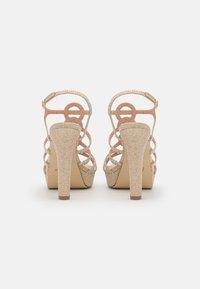 Menbur - Korkeakorkoiset sandaalit - gold - 3