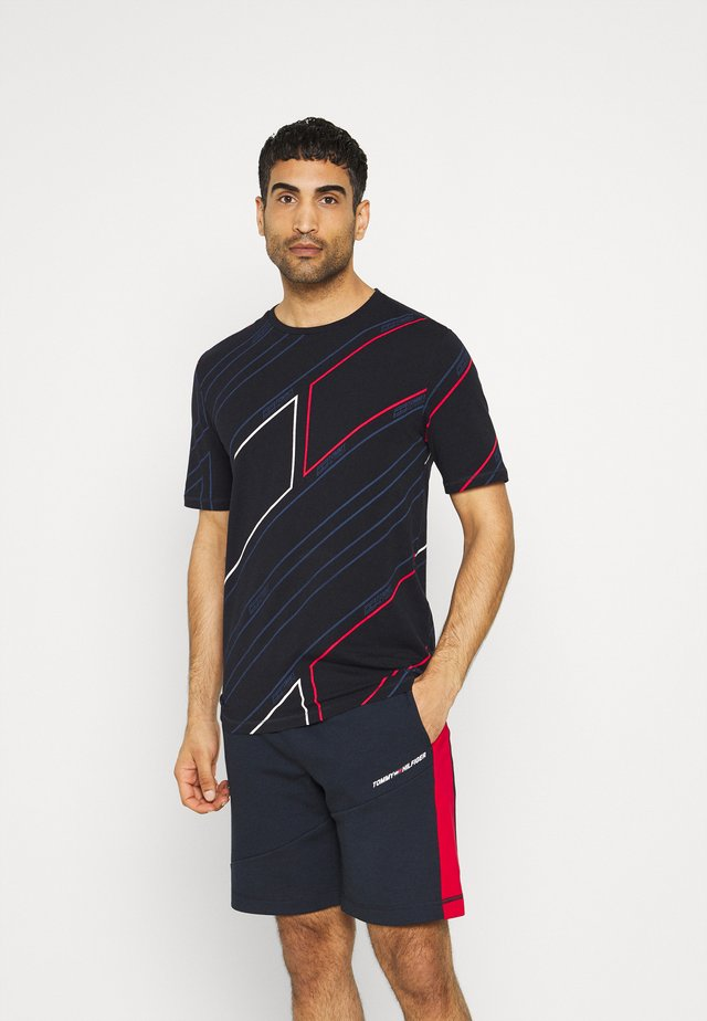 GRAPHIC ALL OVER TEE - T-shirt print - blue