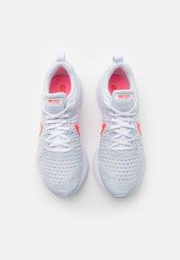 Nike Performance - REACT INFINITY RUN FK 2 - Neutrale løbesko - pure platinum/bright crimson - 3