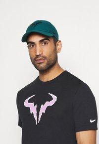 Nike Performance - RAFAEL NADAL - Cap - dark atomic teal - 0