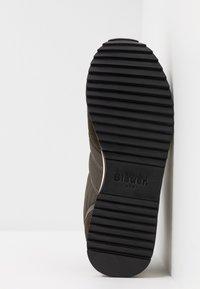 Blauer - QUEENS - Sneakers - dark brown - 4