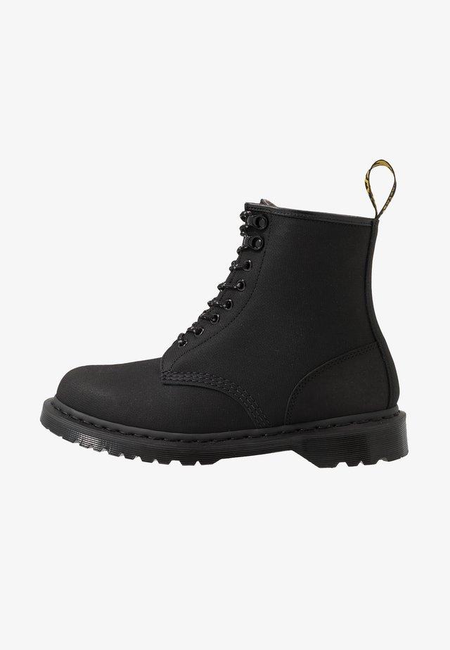 1460 - Veterboots - black